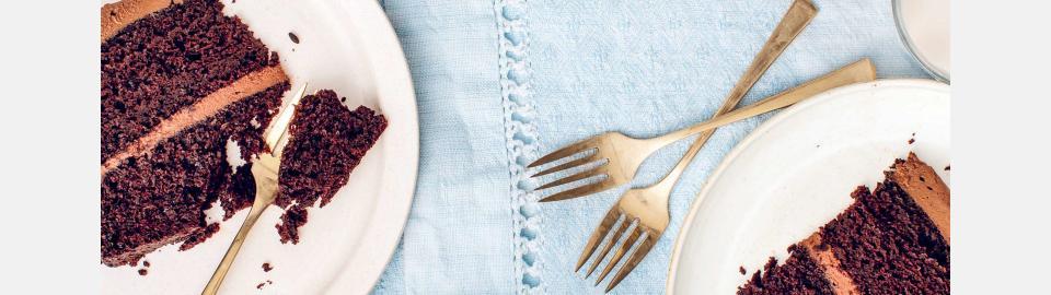 Шоколадный торт с фростингом из батата: рецепт приготовления