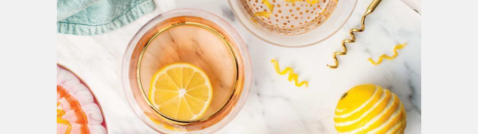 Коктейль из розового вина с лимоном: рецепт приготовления
