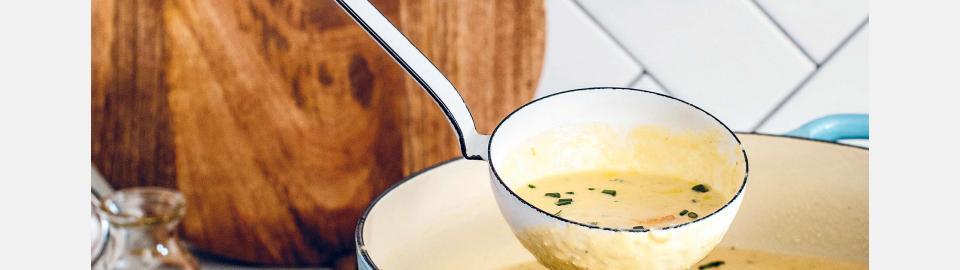 Веганский чаудер с пореем и артишоком: рецепт приготовления